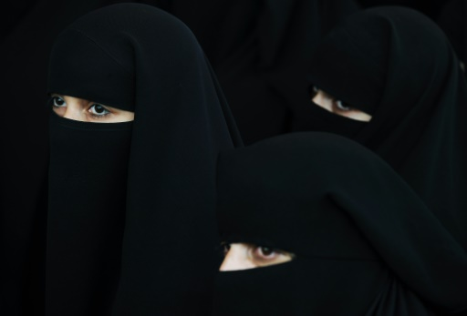 Suisse: référendum local dimanche sur l'interdiction de la burqa
