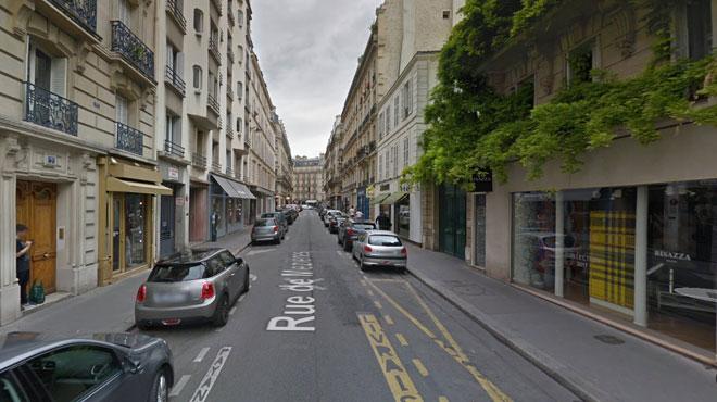 Un homme tombe dans une trappe ouverte en pleine rue à Paris: son pronostic vital engagé