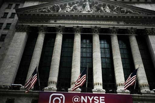 Wall Street partagée entre le record du Dow Jones et le repli de la tech