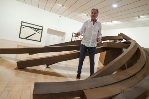 Le MAC de Lyon rend hommage au plasticien minimaliste Bernar Venet