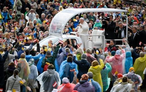 Le pape en Lettonie, un coup de pouce à l'unité nationale
