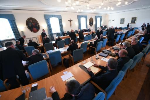 Abus sexuels : l'Eglise catholique allemande présente ses excuses