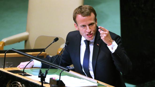 Macron envoie une solide PIQUE à