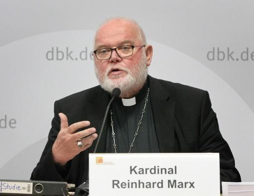 Abus sexuels: l'Eglise catholique allemande veut discuter du célibat