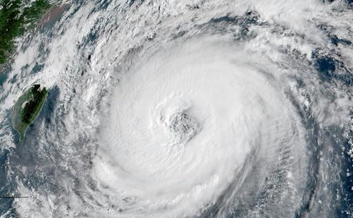 Un nouveau puissant typhon menace le Japon