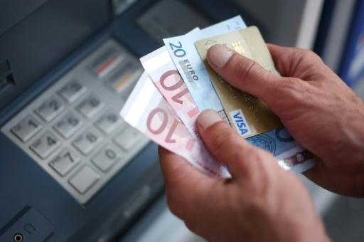 Frais bancaires: les superviseurs français vont renforcer le contrôle des banques