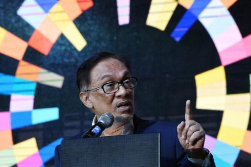 Malaisie: Anwar Ibrahim affronte celui qui l'accuse de sodomie