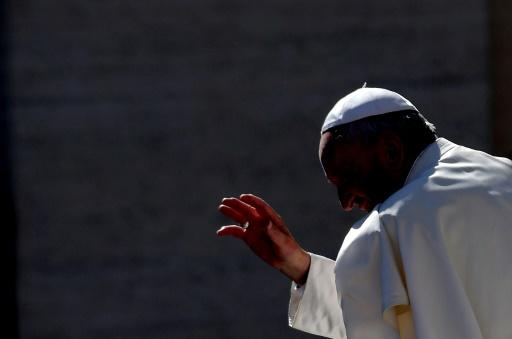 Le pape invite les fidèles à prier en octobre contre le diable