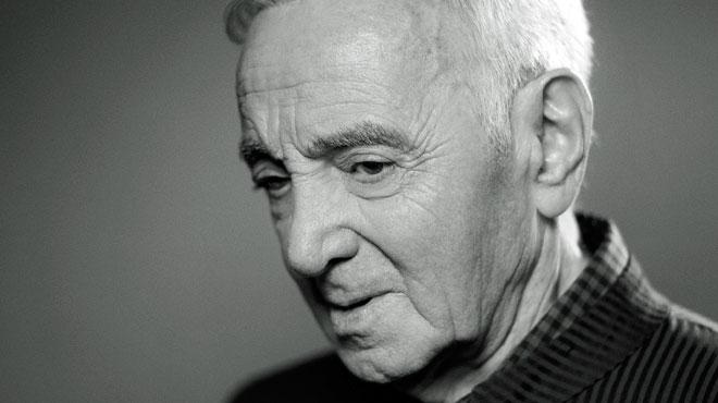 Charles Aznavour: une autopsie sera pratiquée pour déterminer la cause de sa mort
