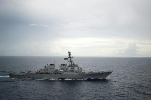 Un navire de guerre chinois s'approche