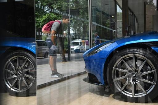 Le titre Aston Martin chute pour ses premiers pas à la Bourse de Londres
