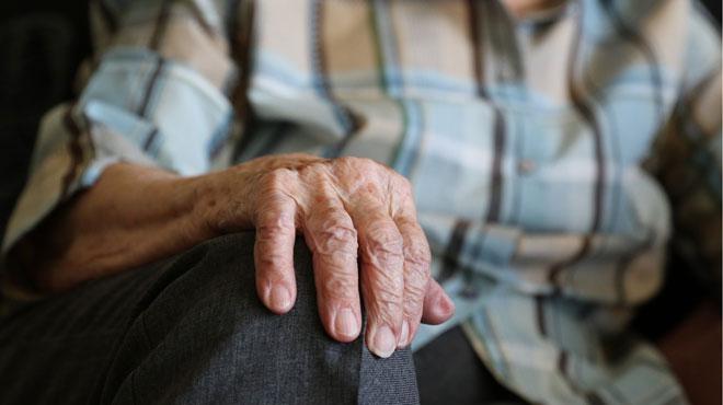 Pendant un an et demi, une Allemande garde le cadavre de son mari dans leur appartement