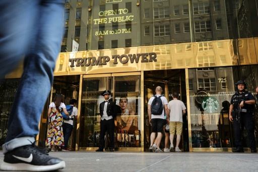 Trump balaie une enquête sur les origines de sa fortune