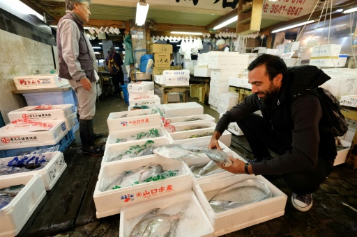 Tsukiji, bien plus que du poisson, se souvient un chef étoilé