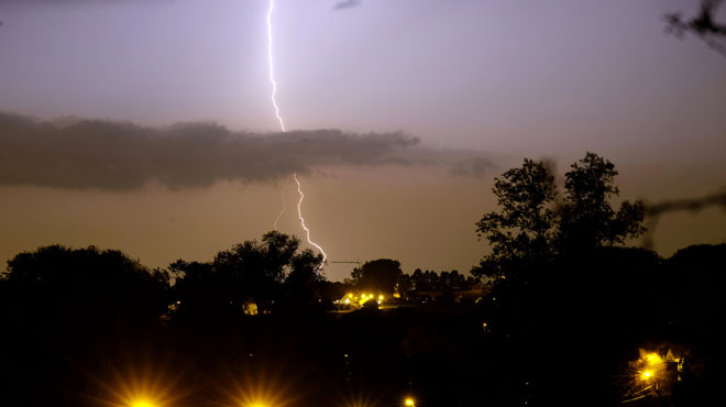 Prévisions météo: un samedi estival, avant un risque d'averses orageuses