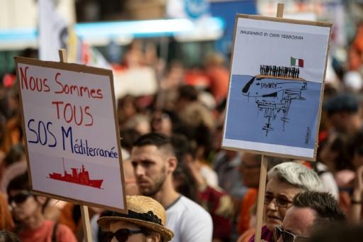 Rassemblements pour l'Aquarius et le sauvetage des migrants en Méditerranée