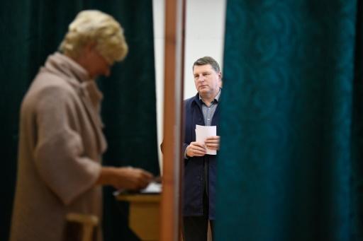Législatives lettonnes: le parti prorusse en tête, devant des libéraux pro-occidentaux
