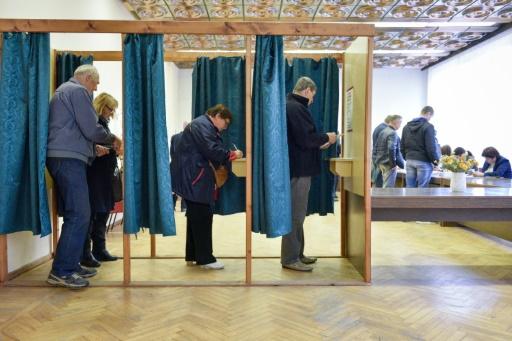 Lettonie: le parti pro-russe et deux partis populistes remportent les législatives