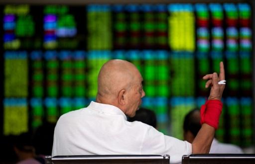 La Bourse de Shanghai dévisse sous le poids des tensions sino-américaines