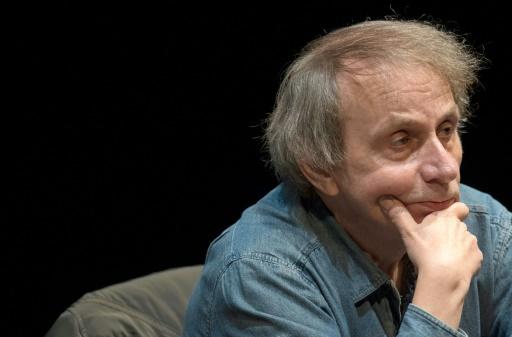 Michel Houellebecq annonce un nouveau roman en janvier