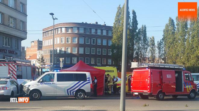 Un policier décède après avoir été percuté à Anderlecht: le camionneur faisait l'objet de 2 interdictions de conduire