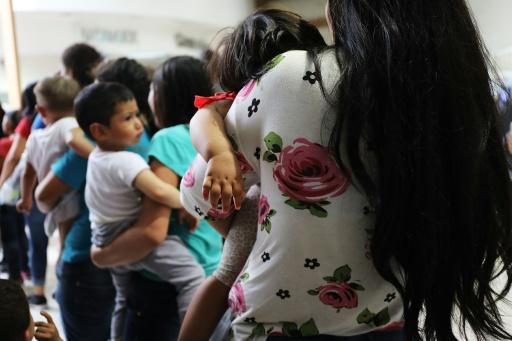 8.000 familles séparées par la
