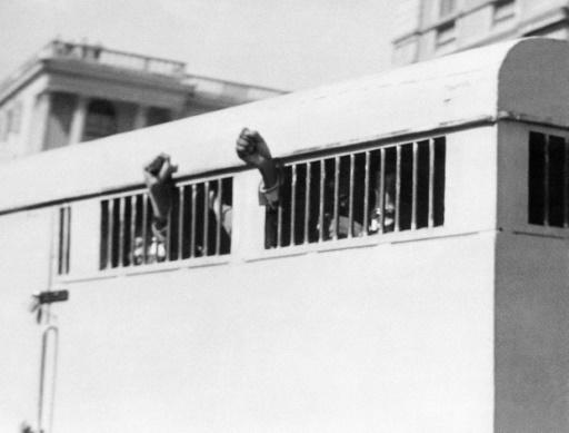 Afrique du Sud: un documentaire donne la parole aux co-accusés de Mandela