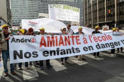 Amiante en milieu scolaire: des enseignants du Val-de-Marne font valoir leur droit de retrait