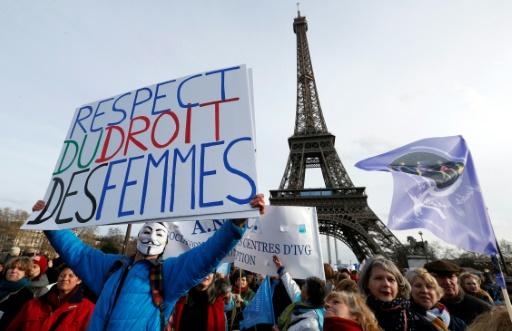 343 femmes européennes signent un manifeste pour le droit à l'avortement