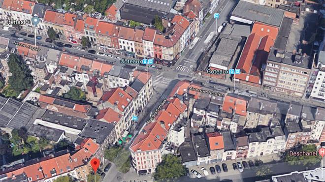 Schaerbeek: une voiture emboutit un échafaudage lors d'un accident de la circulation