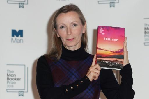 L'écrivaine nord-irlandaise Anna Burns remporte le Man Booker Prize