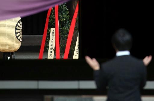 Japon: offrande du Premier ministre Abe à un sanctuaire honorant des criminels de guerre