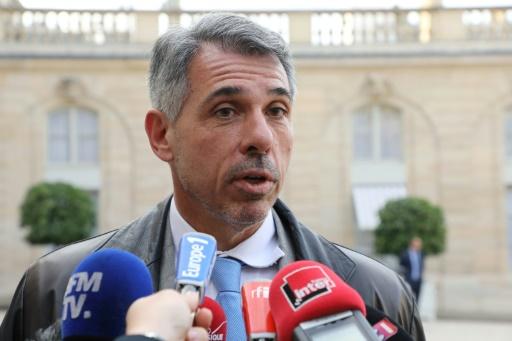 Perquisitions LFI: des syndicats de police s'indignent de l'attitude de Mélenchon