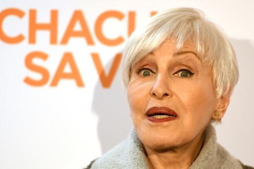 A 82 ans, Nicole Croisille dans