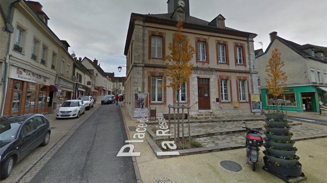 Une petite commune française reçoit... 4 millions pour une salle de spectacle: qui est l'actrice derrière ce généreux don?