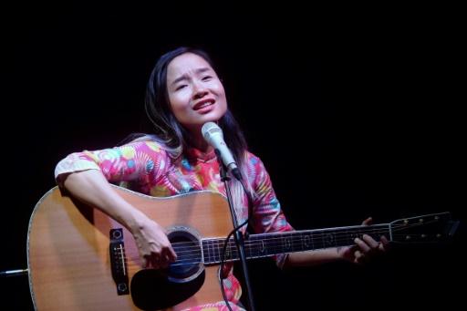 Vietnam: une célèbre dissidente appelle Facebook à s'engager