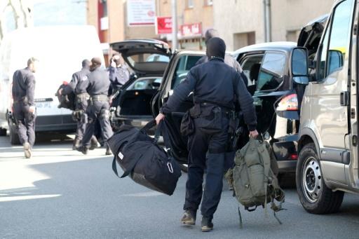 Attentats à Trèbes et Carcassonne: trois suspects mis en examen et écroués