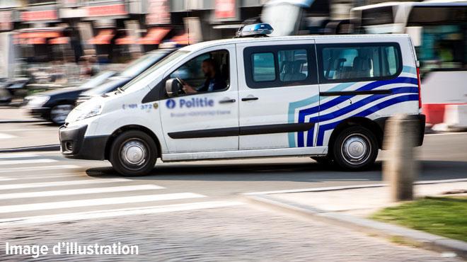 Course-poursuite à Liège après un car jacking: l'un des suspects a sauté du véhicule en marche
