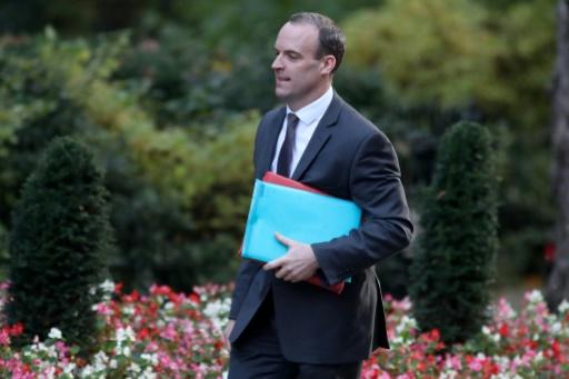 Brexit: toute extension de la période transitoire doit être courte, estime Londres
