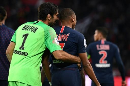 International : PSG : Buffon prédit une carrière incroyable à Mbappé, à une condition