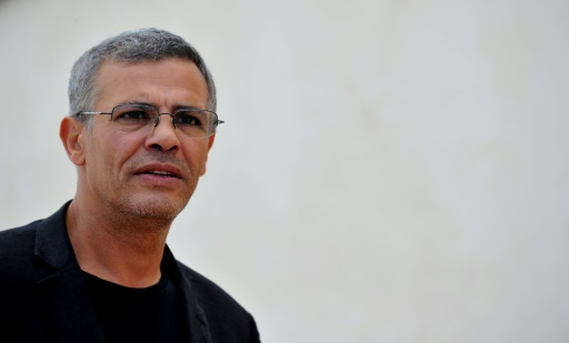 """Filmmaker Abdellatif Kechiche accuses of sexual assault, open investigation """"title ="""" Filmmaker Abdellatif Kechiche accused of sexual assault, open investigation """"/><p> Director Abdellatif Kechiche in Rome, October 16, 2013TIZIANA FABI [19659002] The prosecutor's Paris office has investigated sexual assault after a complaint filed by a woman on 6 October against a woman against director Abdellatif Kechiche, who contests the facts . A source near the case said on Wednesday.</p><p> The film maker Palme or in 2013 for """"Adele's life"""" criticizes the truth of these allegations from a person who found the only way to make himself aware that it is the victim's status, """"his lawyer Jeremie Assous told AFP.</p><p> The complainant is a 29-year-old woman who claims that in the night of 23 to 24 June he is the director of an apartment in Pa in the 20th arrondissement, """"according to BFMTV, what the</p><p> Asleep after drinking several glasses of alcohol, she said she woke up on the couch, her pants were open and Mr. Kechiche was touching her, """"said the news channel.</p><p> The young woman was heard by investigators of the 2nd Judicial Police Service (DPJ) in charge of investigations, according to a police source. Several others Evening participants, including Abdellatif Kechiche, still have to be audited by this source.</p><p> Abdellatif Kechiche was initially a comedian before becoming a director and director. In the film he illustrated him with subtle and humanistic works such as """"The Dodge"""" or """"The Seed and the Mullet."""" Both have the Cesar for best film and Adele's life in the middle of a controversy for a few months after his coronation in Cannes.</p><p> Known for his great demand for the compositions, the director was the target of one of the two major actresses of the film, Léa Seydoux, who condemned the filming conditions. """"Terrible"""" endless days, hundreds of shots for the same scene, etc.</p><p> To say that he was humiliated by this public quarrel, ended the Abdellatif Kec"""