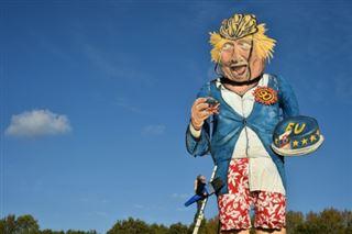 Une effigie géante de Boris Johnson bientôt jetée dans un feu de joie