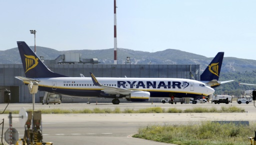 Remboursement de subventions: l'Aviation civile fait saisir un Boeing de Ryanair