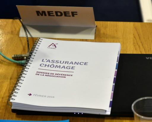 Assurance chômage: début d'une négociation un peu crispée par Macron