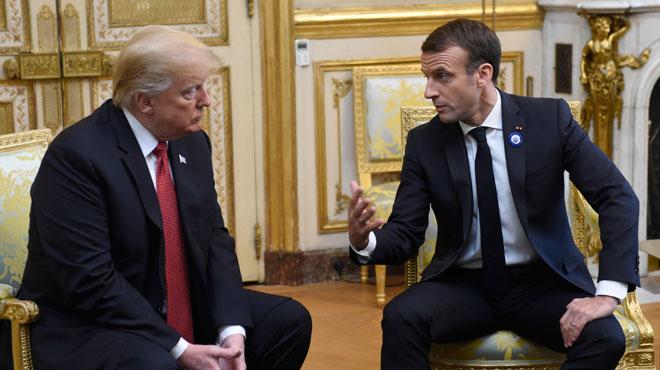 Ambiance tendue: Emmanuel Macron tente d'apaiser les tensions avec Donald Trump