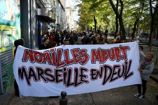 Marseille: un balcon s'effondre en pleine marche blanche, 3 blessés légers