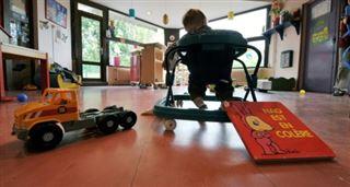 Plus d'enfants pauvres dans les crèches? Le gouvernement fait le pari de bonus incitatifs