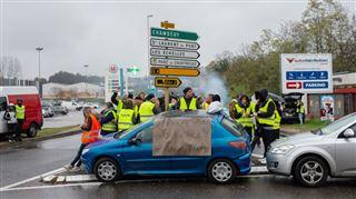 Mort d'une manifestante des gilets jaunes- C'est Macron qui l'a tuée 4
