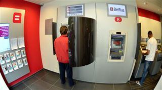 Jean-Pierre ne peut pas déposer autant d'argent qu'il le souhaite chez Belfius- Ils me disent que je dois faire payer mes clients avec des cartes 4