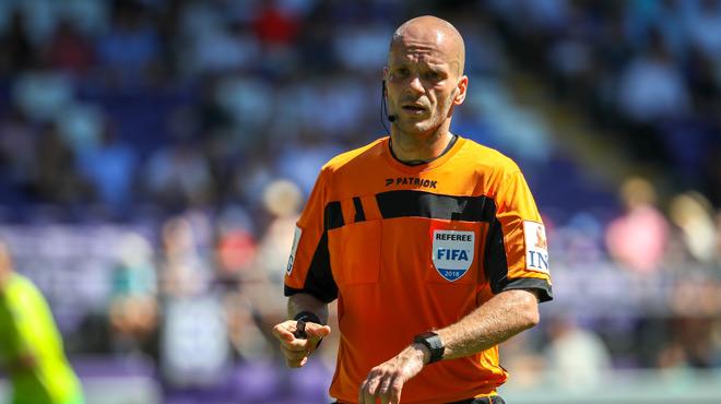 Scandale dans le football belge: l'arbitre Sébastien Delferière a repris son travail pour... l'Union belge